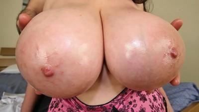 Arianna Sinn Massive Tits